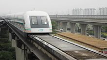 Datei:Transrapid Shanghai maglev train ride.webm