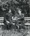 TrudivokiDzyubinskiYKérenskiEnLosJardinesDelPalacioTaúride1916.png