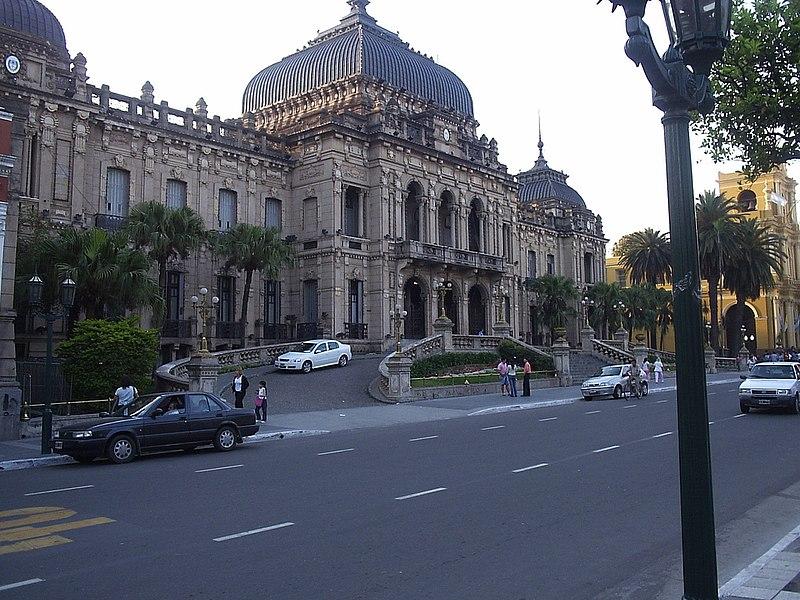 Onde morar sem gastar muito na América do Sul