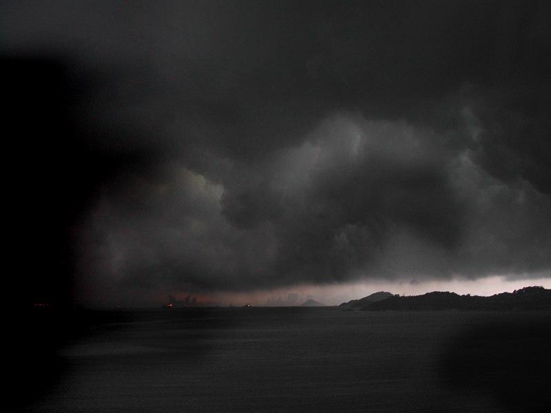 File:Typhoon in Hong Kong.jpg