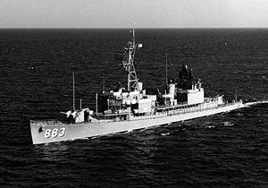 USS Newman K. Perry (DD-883) underway in 1969.jpg