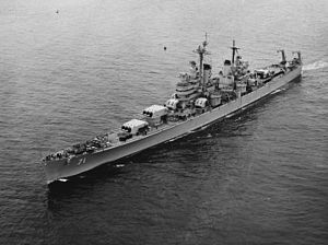 USS Quincy (CA-71) - Image: USS Quincy (CA 71) underway in the Pacific Ocean 1952 54