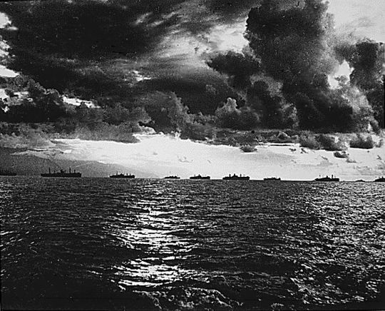 Amphibious forces approach Leyte, October 1944 US Armada moving towards Leyte Island.jpg