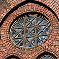 Uranienborg kirke 2011 window close.jpg