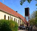 Vahrenwalder Kirche aussen.jpg