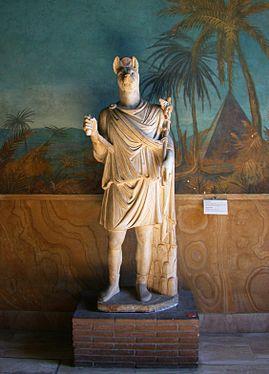 Anubis habillé comme le dieu Hermès
