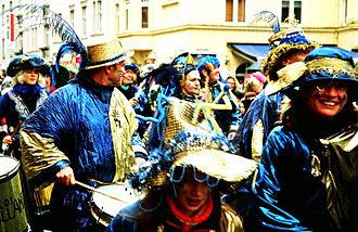Cologne Carnival - Crowds in Cologne on Rosenmontag of 2006.