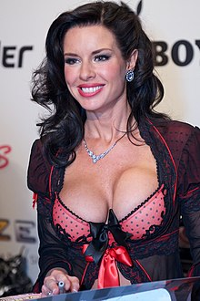 Veronica Avluv at AVN Adult Entertainment Expo 2012 2.jpg