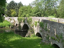 The old bridge in Juvigny-sur-Seulles