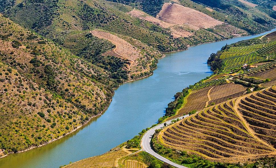 Vila Nova de Foz Coa rio Douro (14282784962)