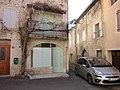 Vinsobres façade ancienne échoppe.jpg