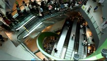Datei:Vivo City Escalators.ogv