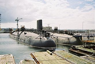 HMS Conqueror (S48) - HMS Warspite (left) and HMS Conqueror (centre) with HMS Valiant (at rear) at HMNB Devonport Navy Days, 26 August 2006.
