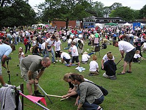 Worm charming - Competitive worm charming at Willaston