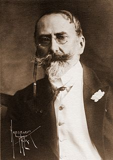 image of William Merritt Chase from wikipedia
