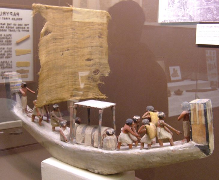 File:Wooden trading ship model REM.JPG