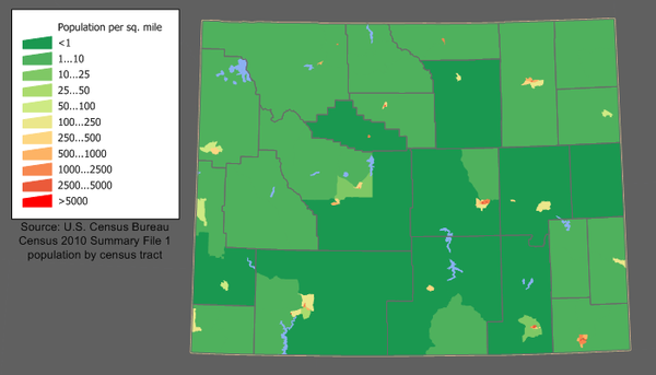The largest population centers are Cheyenne (southeast) and Casper. Wyoming population map.png