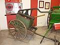 Zaragoza - Museo Bomberos - Carro bomba manual.jpg