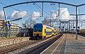 Zwijndrecht kruising DDZ6 7614 naar Den Haag en 7620 naar Venlo (15988984572).jpg