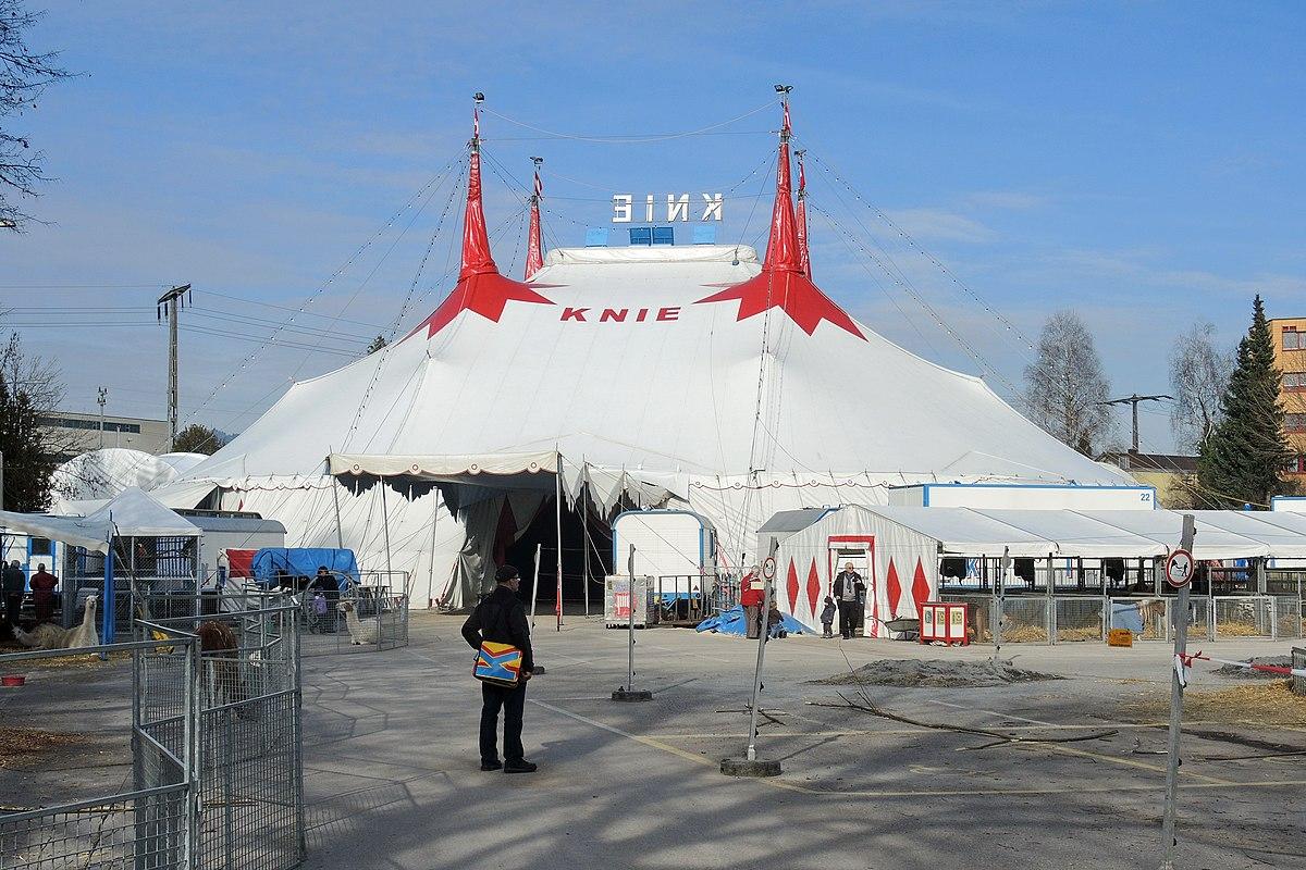 It's Circustime!: CIRCUS KNIE (CH) Tour 2012