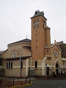 Église Saint-André de Saint-Maurice (Val-de-Marne).jpg