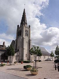 Église Saint-Hilaire de Saint-Hilaire-Saint-Mesmin (Loiret).JPG