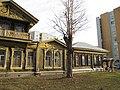 Дом Лебедева (Екатеринбург Сакко и Ванцетти 25) справа.JPG