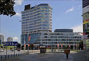 Plac Grunwaldzki, Wrocław - Building Grunwaldzki Centre