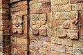 খেরুয়া মসজিদের দেয়ালের প্যানেলিং.jpg