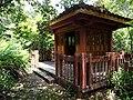 架壑船棺观景亭 - Boat-shaped Coffin Viewing Pavilion - 2015.07 - panoramio.jpg