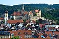 01 das Schloss Sigmaringen erhebt sich über die Dächer der Stadt.jpg