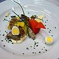 02016 0721 Beskidische Kartoffelsalat mit Weißwurst, Ostergerichte , Schlesische Beskiden.JPG