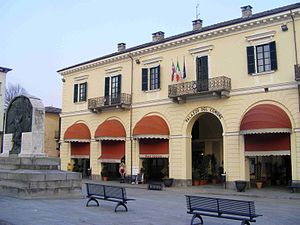 Barge, Piedmont - Palazzo comunale