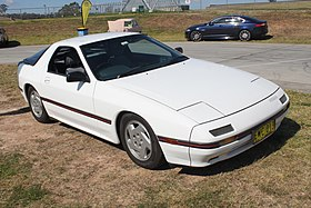 1986 Mazda RX-7 (FC) coupe (21105743820).jpg
