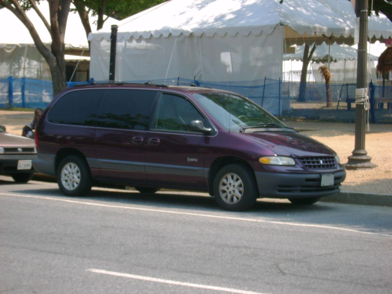 File 1998 1999 plymouth grand voyager jpg