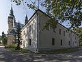 2014 Tarnobrzeg, kościół Wniebowzięcia NMP, klasztor, 03.JPG