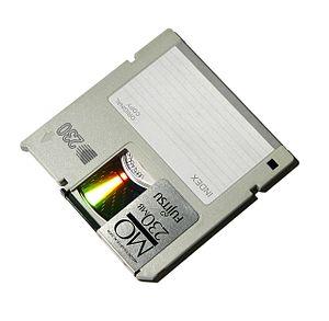 Magneto-optical drive - A 230 MB Fujitsu 90 mm magneto-optical disc.