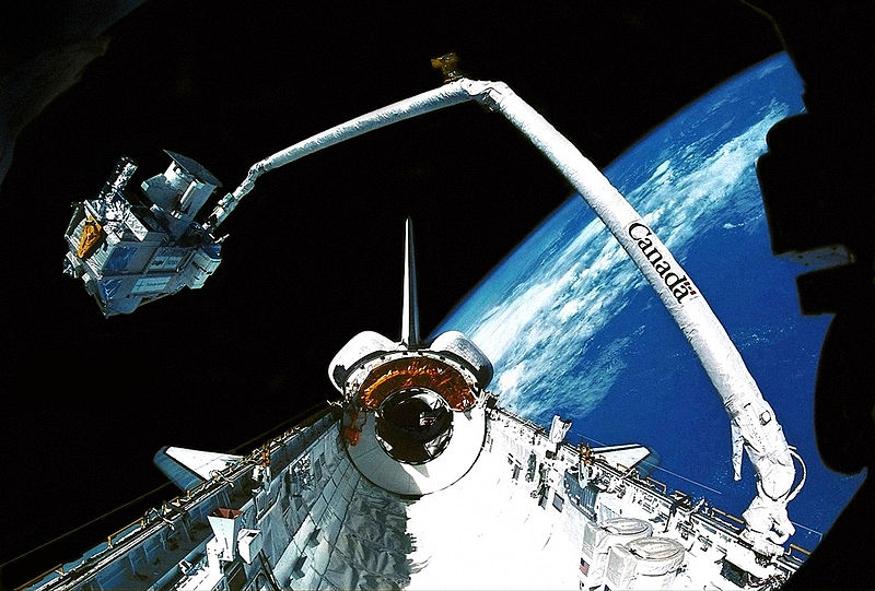 Discovery STS-51 (1993) 800px-51_SPAS_04