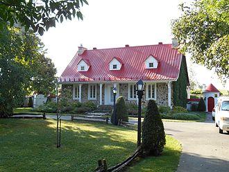 Auteuil, Quebec - A house on Boulevard des Mille-Îles