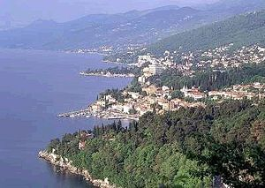 Opatija - Image: Abbazia panoramica 1