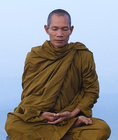 ไฟล์:Abbot of Watkungtaphao-Luang Phor Somchai.jpg
