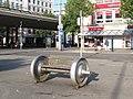 Achsebank im Bahnhofsplatz (Axle-bench in the station square) - geo.hlipp.de - 28390.jpg