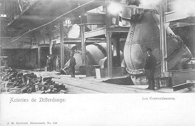 Acieries de Differdange, Les Convertisseurs, Photo by J.M. Bellwald, N° 218.jpg