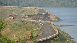 Salaulim Dam dam in India