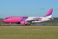 Airbus A320-232 'HA-LPS' Wizzair (12197038975).jpg