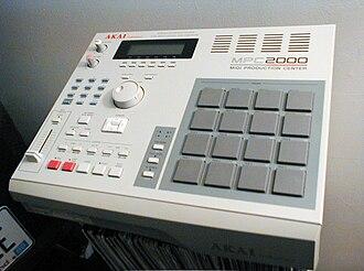 Sampler (musical instrument) - An AKAI MPC2000 sampling sequencer (1997)