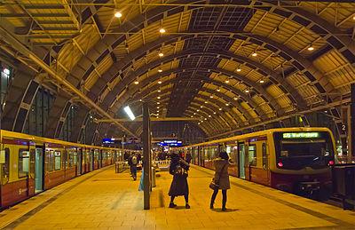 S- and Regionalbahn station Alexanderplatz