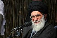 Ali Khamenei in Rahian-e Noor013.jpg