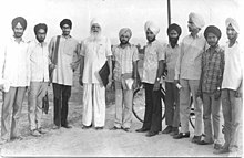 Amarjit Chandan (3rd from left) with Sohan Singh Josh and others. 13 Jul 1974. Amritsar.jpg