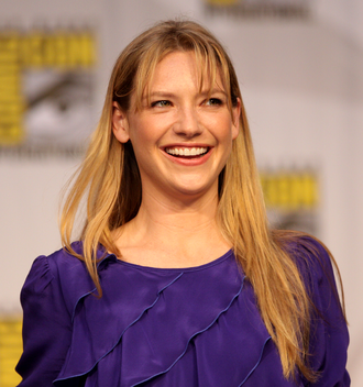 Olivia Dunham - Anna Torv's performance ultimately resulted in favorable reviews from television critics